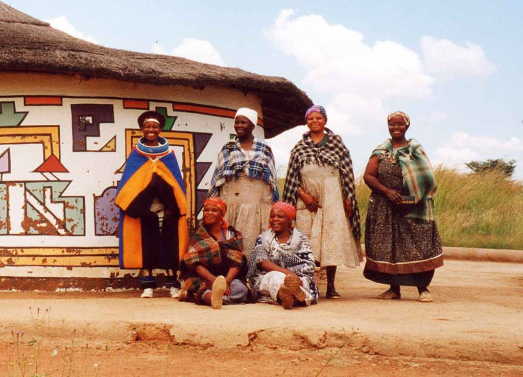 Ndebele-women-loopspruit